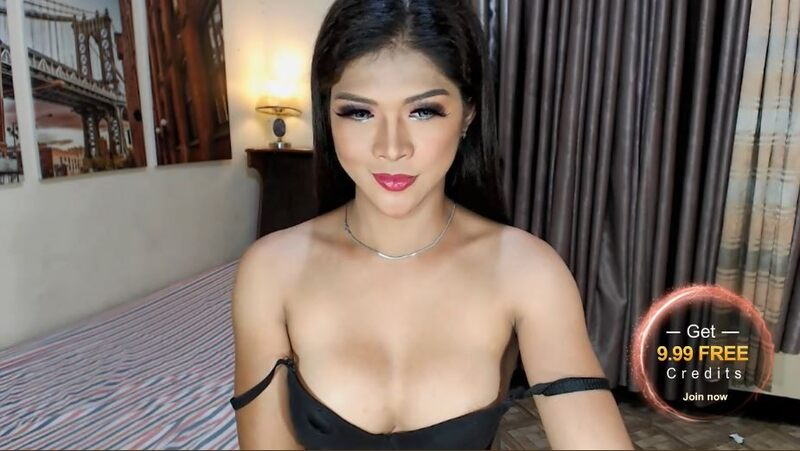 Hot shemale models are easy to chat with on MyTrannyCams.com